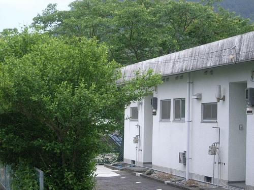 一度はその役目を終えた旧教員施設が我々の拠点となりました