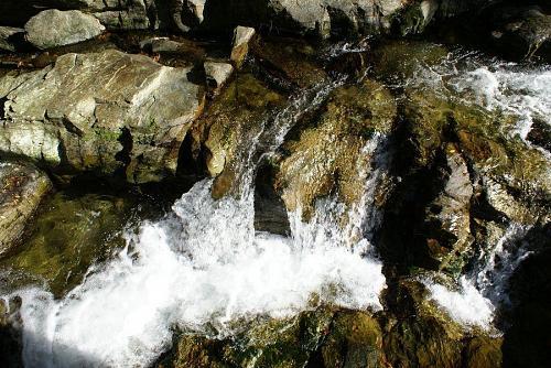 水の流れも美しい