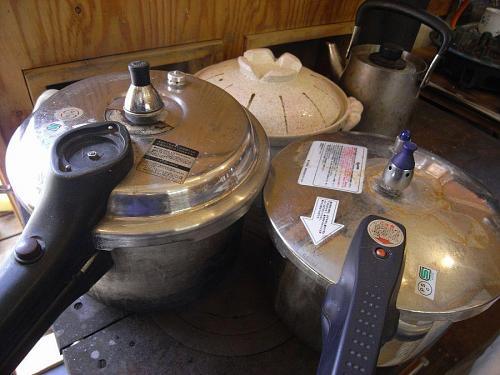 我が家自慢の薪ストーブで。なんか美味しくなるような気がするのよねぇ