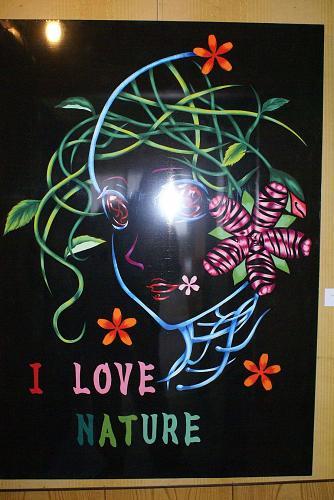 東早紀さんの作品。これを見るだけでも値打ちがあります。