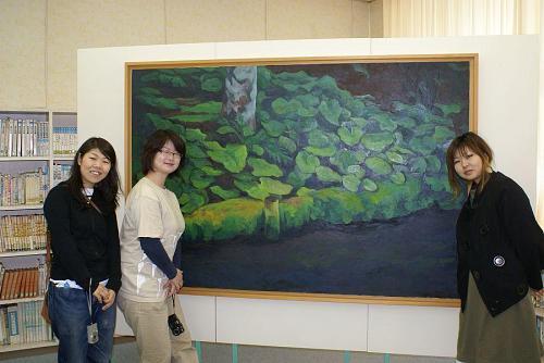 林田直子さんの作品の前で・・・。