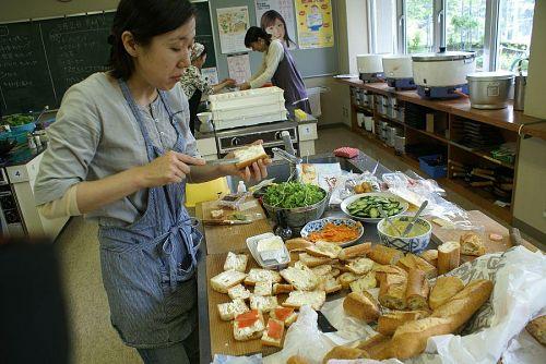 神山のスタッフ得意の「食の交流」です。