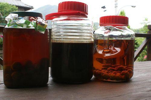 梅酒は作りはじめて何十年にもなります。