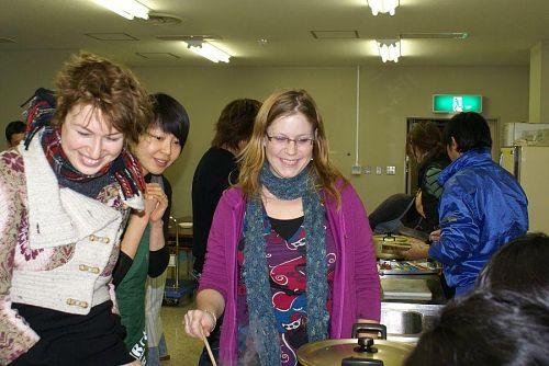 国際交流の町神山にふさわしい参加メンバーです。