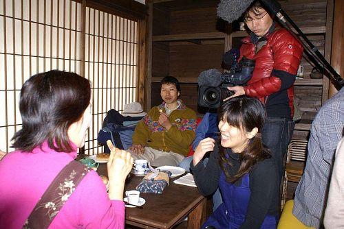上本さんの奥様も今日は仕事を休んで接待。