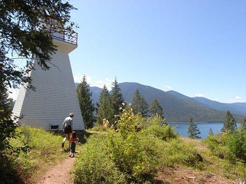 1904年に建てられた木造の灯台。