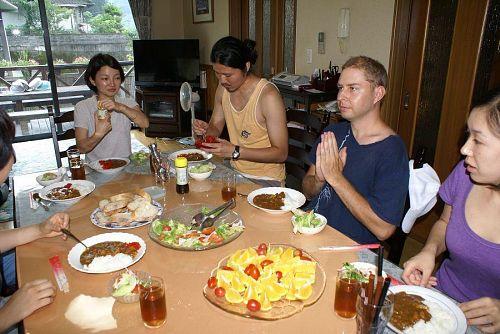 午後はトオルちゃん宅で昼食とKAIRの講義。