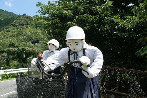 神山中学生も夏服のです。