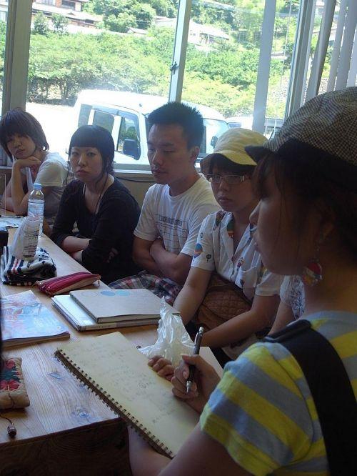 宮本紫野ちゃんは同じ学科の卒業生。インタビューうけました。