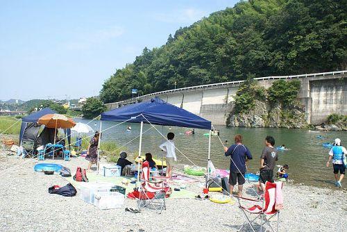 一番多くの人が泳ぎに来るのは高瀬の川原。