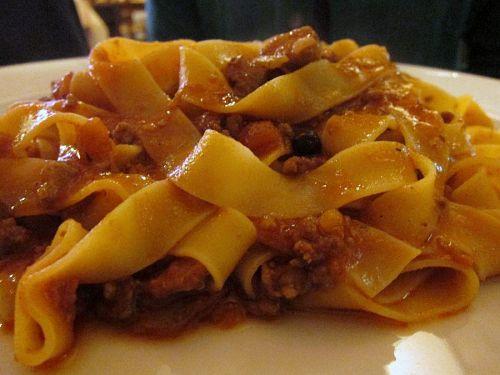 「イノシシ肉のミートソースのパッパルデッレ」 Pappardelle al ragu' di cinghiale maremmano.(2010年11月4日21:25CET)