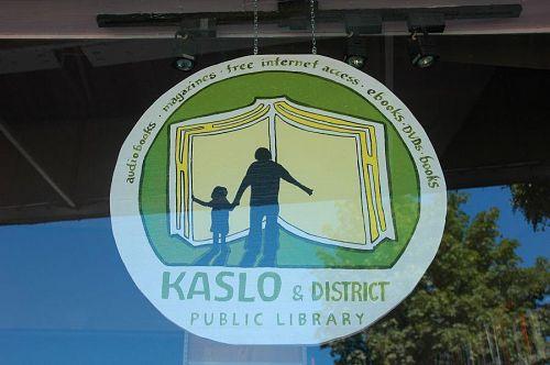 図書館の看板