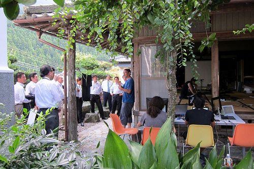 9月14日開催の「クラウドワークショップin徳島2011」の準備の合間を縫って、ダンクソフトの皆さんのお話を聞きました。