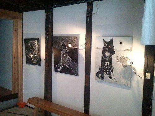 AKIKO個展:黒の中に広がる光の世界