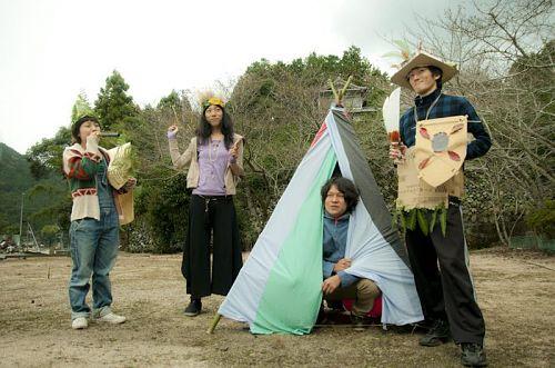 第2期で行った「神山こども自然塾」は「みんなでつくろう!Kidsマーケット!」をテーマに、こどもたちに自分達の商店街を作って遊んでもらうというイベントになりました。