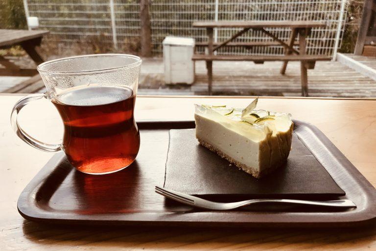 地元の人も移り住んだ人も旅行・視察の人も集まる憩いの場「粟カフェ」