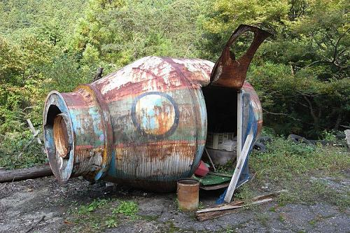The time machine is actually an old cement mixer which might have been a kid's playhouse at one time. There are benches and stuff inside. Keiko tells me that the grown children of the owners of the Skiland Hotel don't actually refer to it as a time machine.