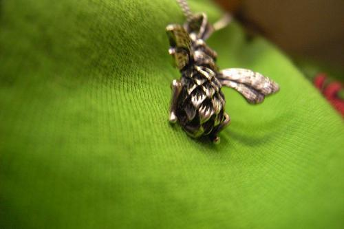 Sofie probably loves Andrea's bee pendant more than anyone. (photo: Sofie)
