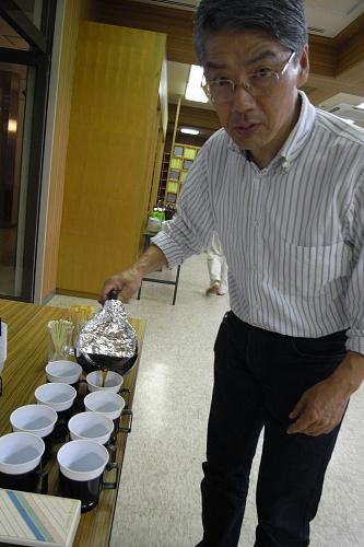Mr. Ominama puts out coffee