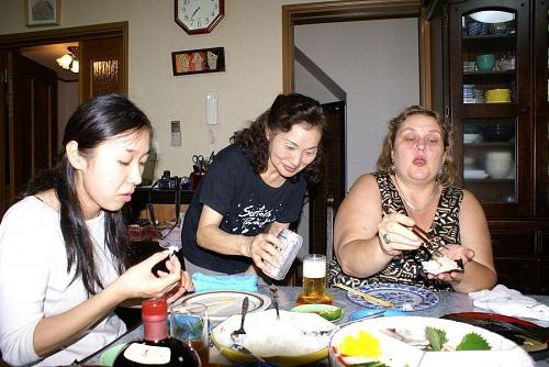 手巻き寿司はリズの大好物