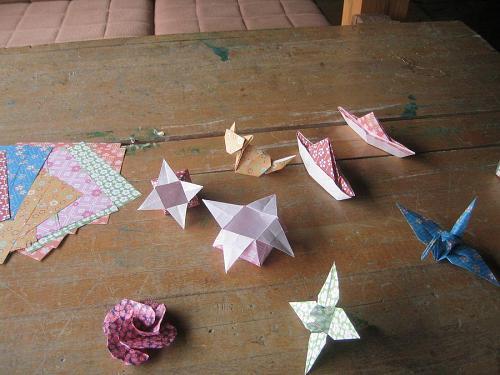 折り紙と寄井座洗礼