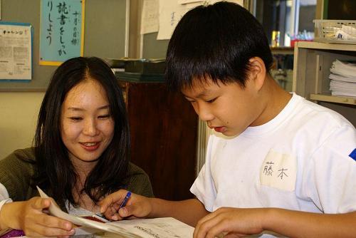 作業は各教室に分かれての授業でした。隣のクラスを行ったり来たりで大変でした。
