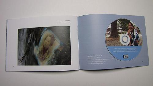 DVDには、「Forests, Rivers and Ancestors」「Art in Kamiyama」「Walking with Kukai (Shikoku Pilgrimage documentary)」の3作品が収められています。