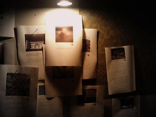 連日「イン神山」を飾ったアダムの詩集。