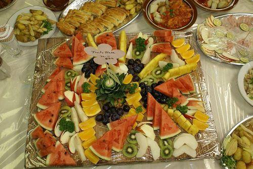 トオルちゃんは例によってフルーツの盛り合わせ。