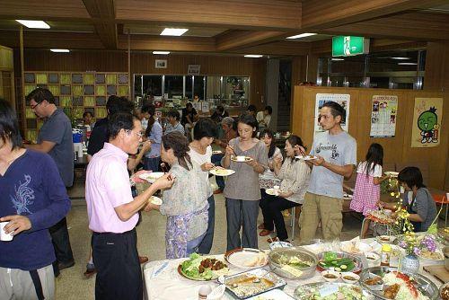 「イン神山」で情報を見た方、ぜひお越しください。会費1,000円で大いに楽しめます